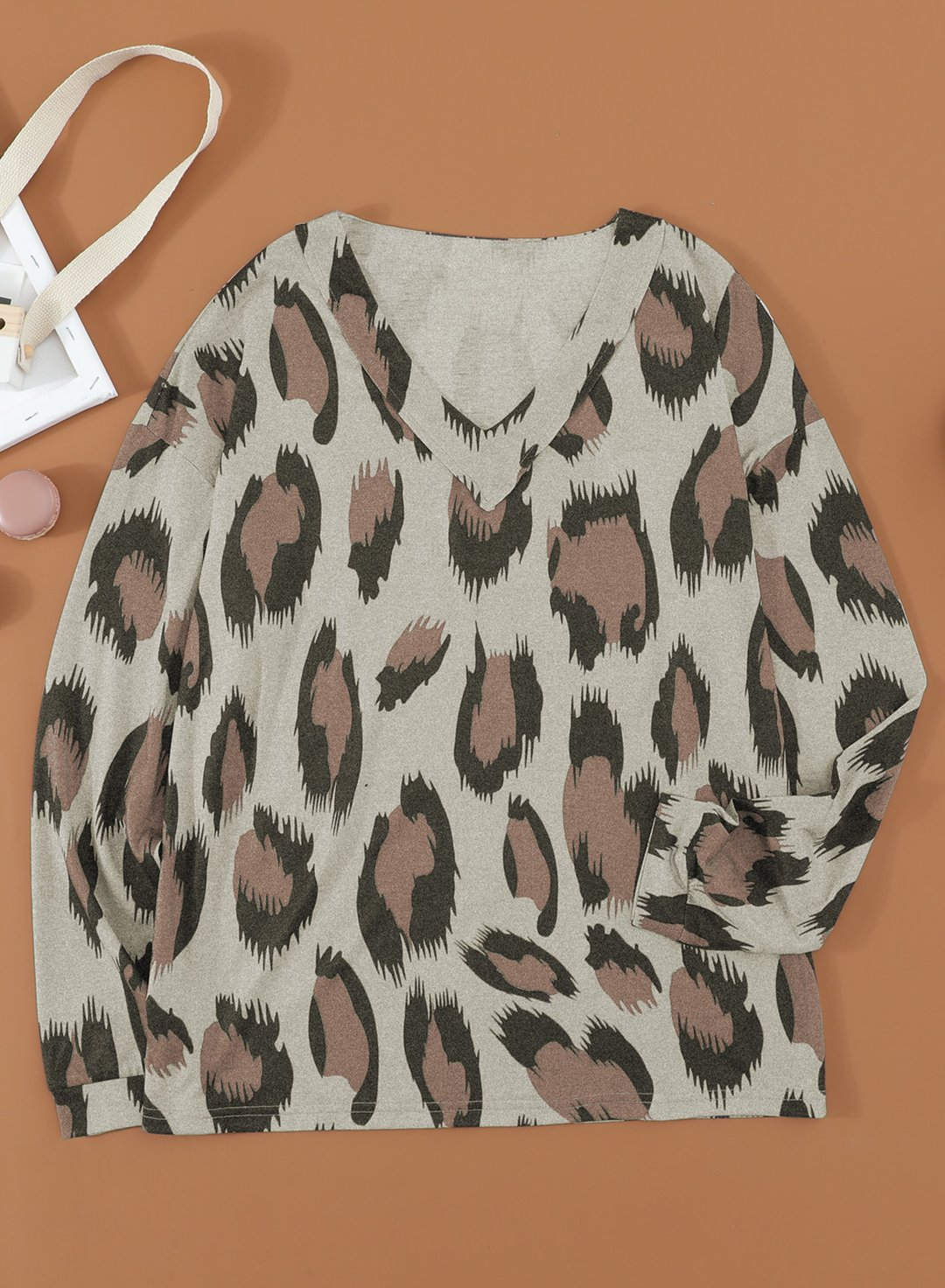 Leopard Women Leopard V Neck Long Sleeve Sweatshirs LC2521907-20