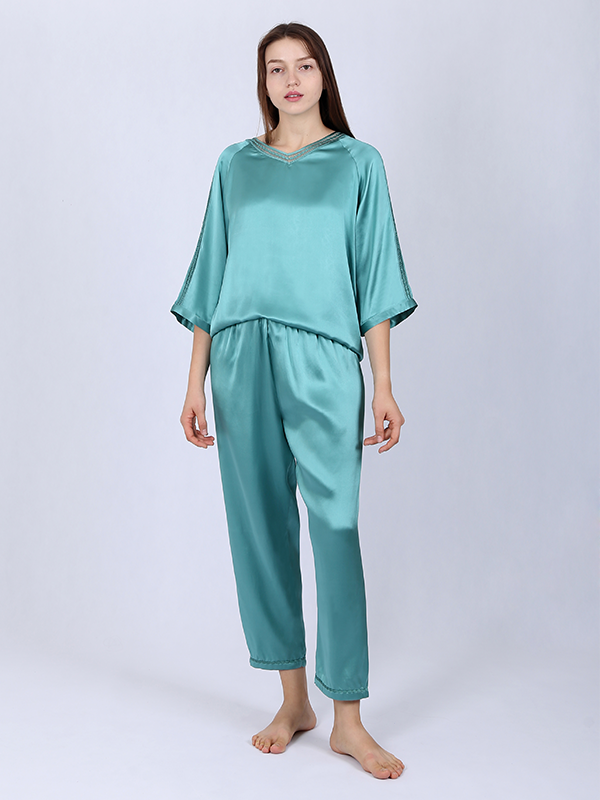 Lifestyle Silk Pajamas Set For Women With Hollow Lace Green