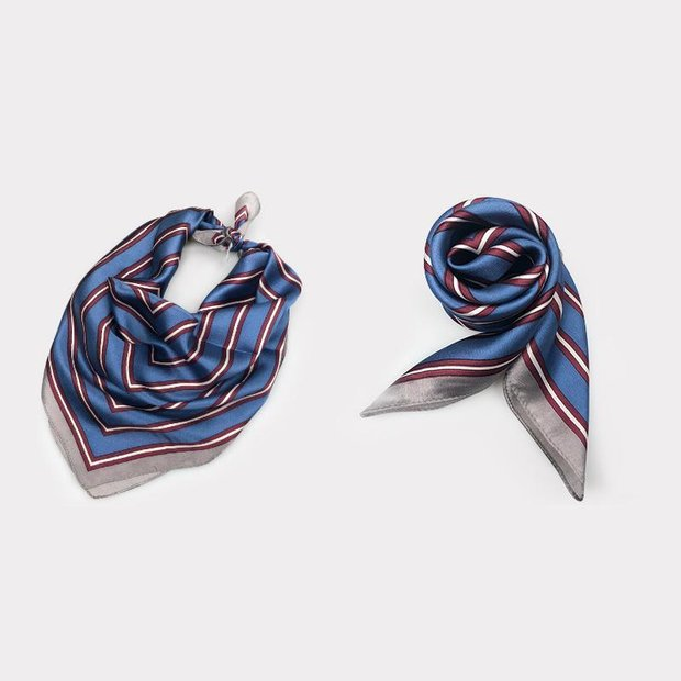 Blue Stripes Silk Scarf、REAL SILK LIFE
