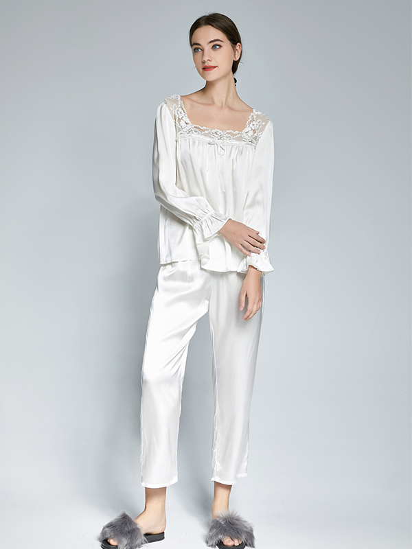 Elegant White Silk Pajamas Set With Lace Trim For Women
