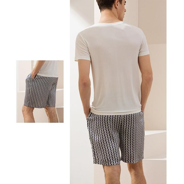 22 Momme Letter Printed Silk Short Pant For Men | Could Be Worn Outside、REAL SILK LIFE