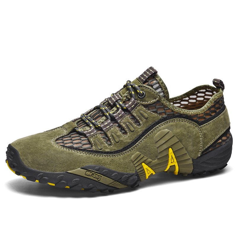 Outdoor breathable and comfortable hiking shoes / [viawink] /