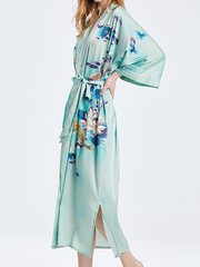 19 Momme Floral Baby Blue Kimono Style Loose Silk Robes、Real Silk Life