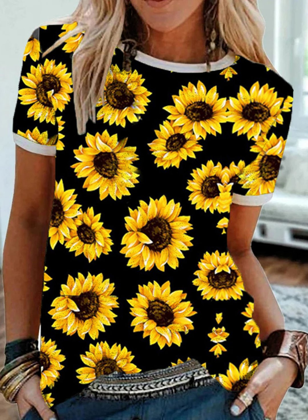 Black Women's T-shirts Sunflower Full Print Color Block T-shirt LC2525941-2