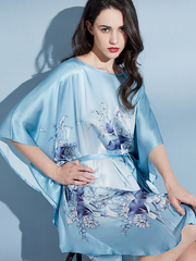 19 Momme Blue Flower Printed Loose Plus Size Nightgown、Real Silk Life