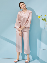 Classic V Neck Silk Pajamas Set、Real Silk Life