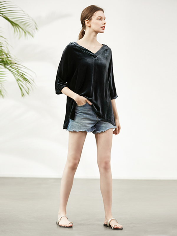 Classic V Neck Silk Velvet T-shirt For Women、Real Silk Life
