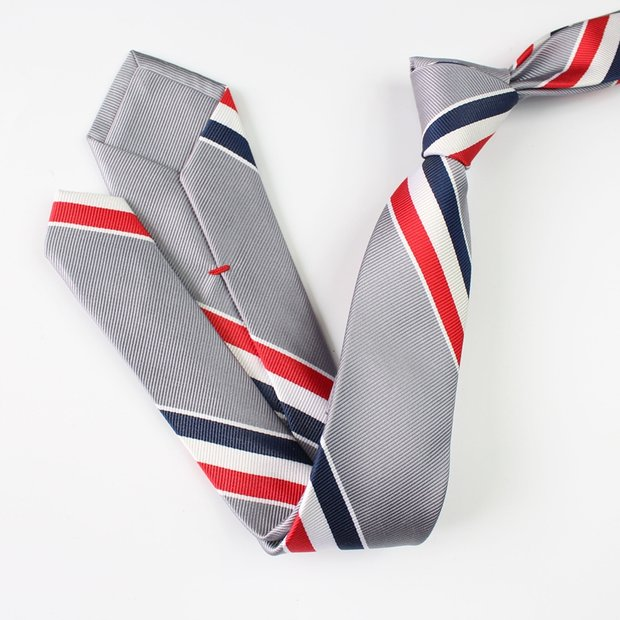 Chic US Gray Silk Tie、Real Silk Life