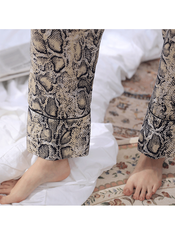 High Quality Serpentine Printed Silk Pajamas Set For Women、Real Silk Life