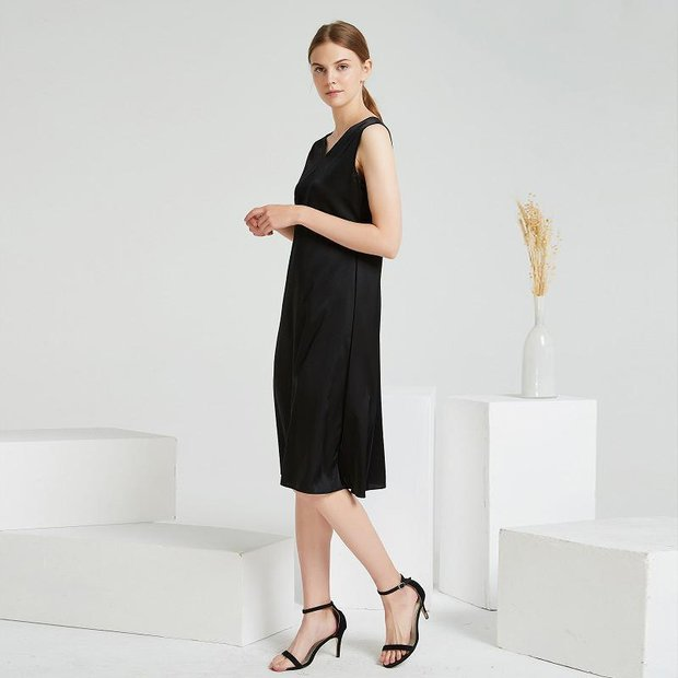 Luxury Black V Neck Chic Silk Dress、Real Silk Life