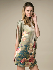 19 Momme Blooming Pond Printed Loose Silk Nightgown、Real Silk Life