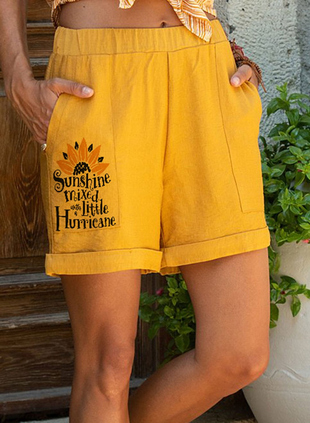 Yellow Women's Shorts Sunflower Letter Pocket Mid Waist Shorts LC73153-7