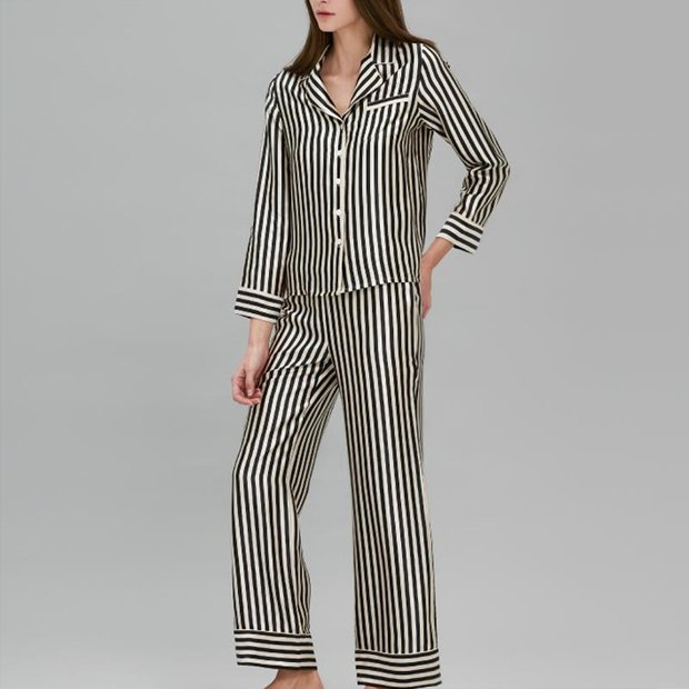 22 Momme Women's Classic Silk Pajamas White and Black、Real Silk Life