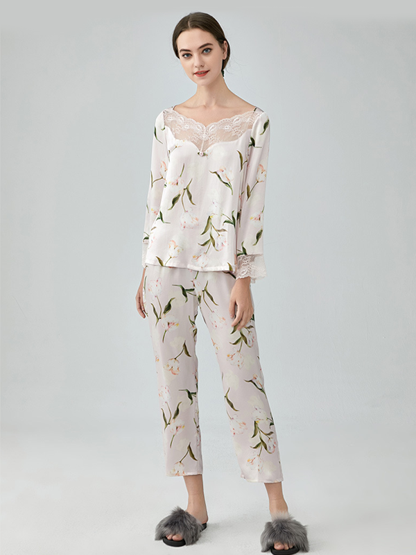 Printed Silk Pajamas Set With Lace Trim For Women