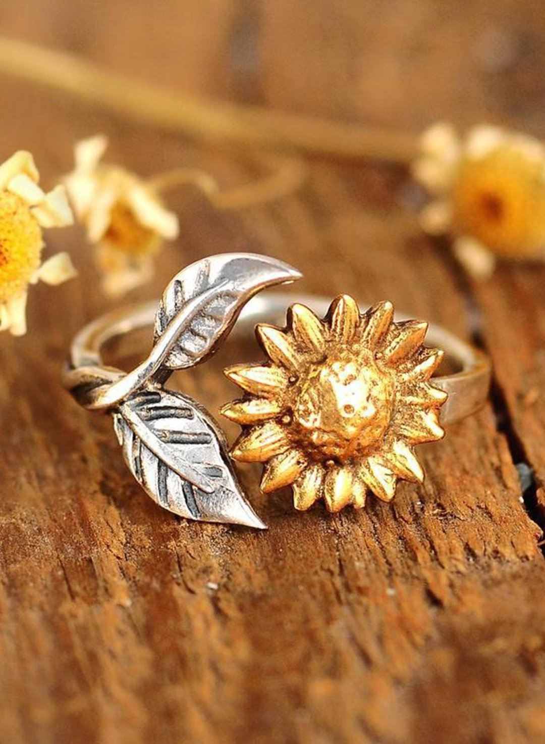 Gold Women's Rings Sunflower Lettering Ring LC011431-12